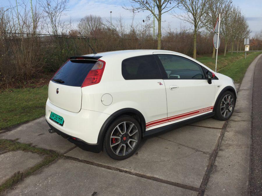 IMG 0287 900x675 - Fiat Grande Punto Abarth 1.4 Turbo 156PK 3DRS! Red White Edition 2007!